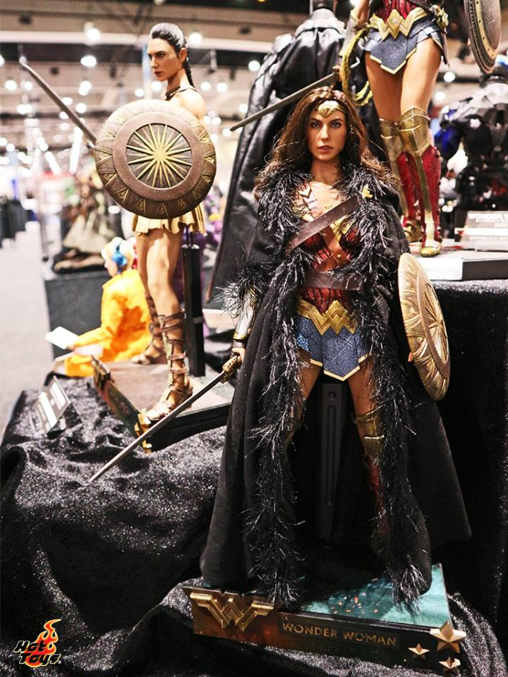 Hot Toys San Diego Comic Con 2017 Preview Night