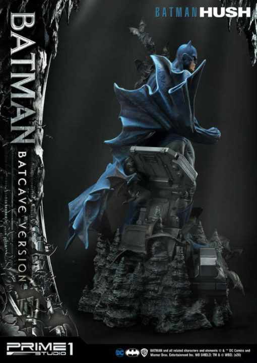 Hush Batman Batcave Version Statue MM
