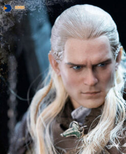 Lord of the Rings Legolas Helm Deep Action Figure