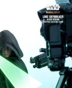 Mandalorian Luke Skywalker Deluxe Action Figure DX